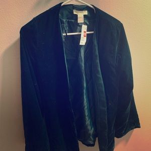 NEVER BEEN WORN: H&M velvet forest green blazer